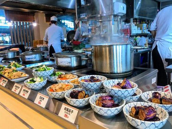 高鐵站食堂